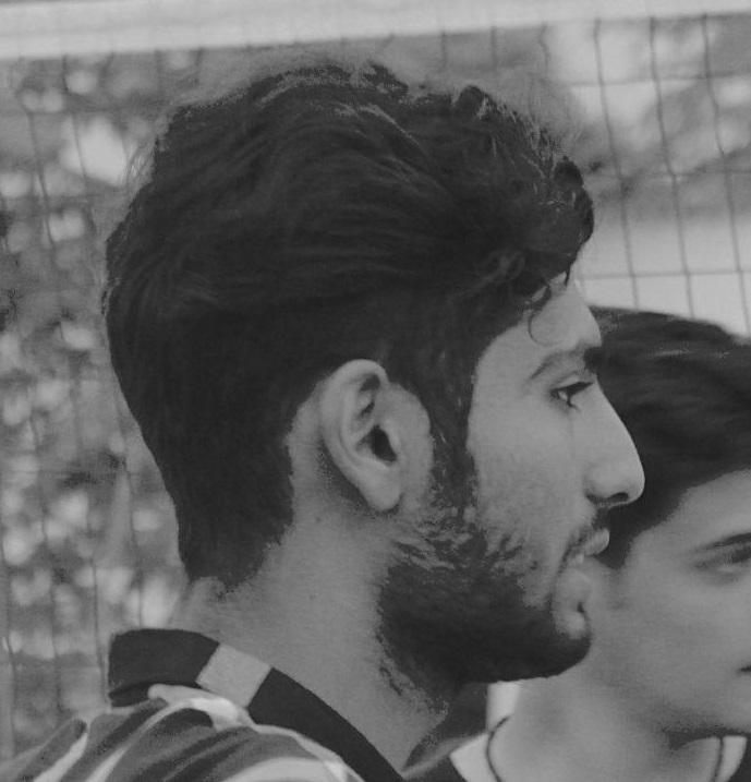 محسن صادق نژاد